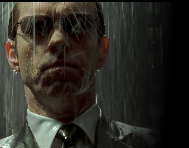 agent-smith-standing-in-rain-matrix-revolutions[1].jpg